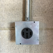 NEMA 14-50 Outlet Plug Installation